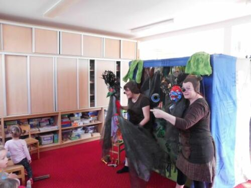 Divadlo JOJO - Pohádka z pralesa